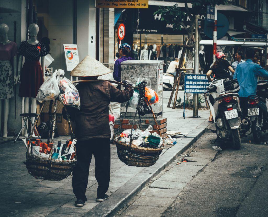 rue-hanoi-vietnam
