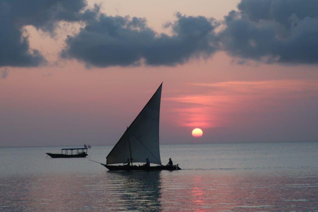 bateau-zanzibar-coucher-de-soleil
